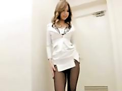 18 yo Japanese Secretary in Pantyhose!